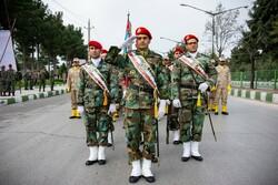 اجرای برنامههای روز ارتش با رعایت پروتکل های بهداشتی در شیراز