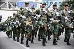 رژه نیروهای مسلح در اهواز برگزار شد