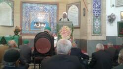 عزت جمهوری اسلامی ایران در سایه وحدت، مقاومت و ایستادگی است