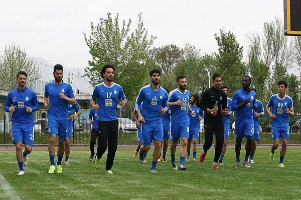 تیم فوتبال استقلال از روز یکشنبه استارت می زند