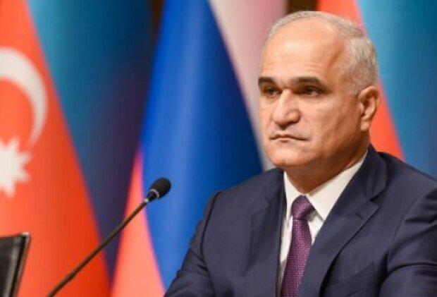 Azerbaijani minister hails developing economic ties with Iran