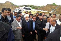 Cumhurbaşkanı Ruhani'den sel bölgesine ziyaret