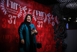 Iranian director Derakhshandeh sets eyes on 'BTS' for next movie