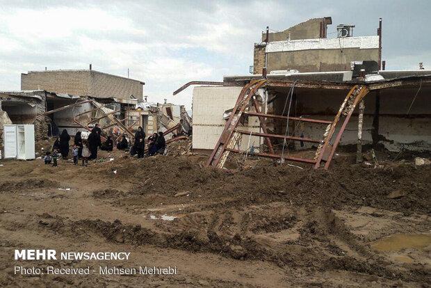 حضور حسن روحانی رئیس جمهور در مناطق سیل زده پلدختر