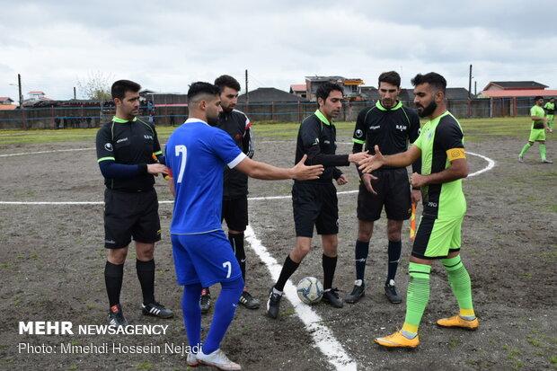 دیدار تیم های فوتبال شهرداری آستارا  و شهید مولایی قائمشهر