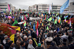 People in Mashhad celebrate birth anniv. of 12th Shia Imam