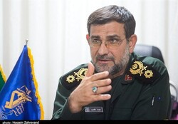 IRGC Navy chief lauds Hashd al-Sha'bi's help in flood-hit areas