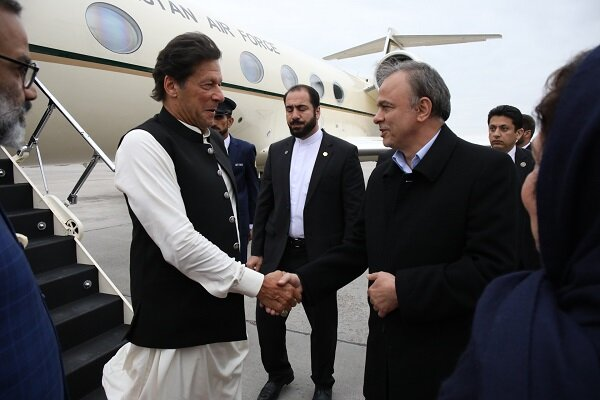 Pakistani PM lands in Mashhad as first step of Iran state visit