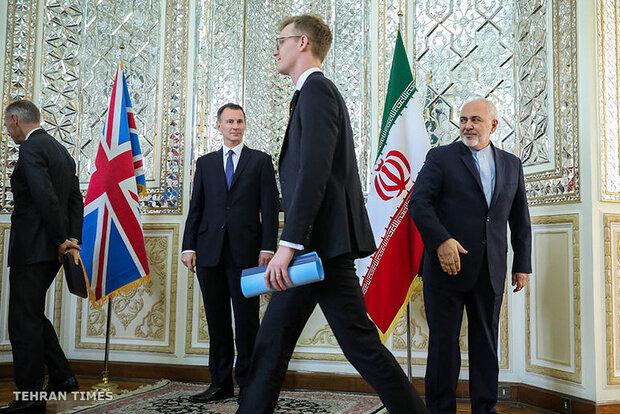 Iran, UK FMs meet in Tehran