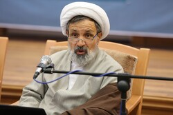 برای تحقق بیانیه گام دوم انقلاب باید مردم جذب مساجد شوند