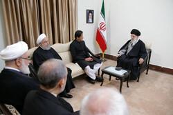 یک روز با عمران خان در مشهدالرضا/ وقتی آقای نخستوزیر متعجب شد
