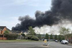 آتشسوزی در شهر «دربی» انگلیس/ صدای چند انفجار نیز شنیده شد