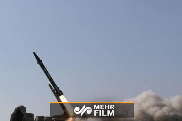 مشاهد من اطلاق عشرات الصواريخ من غزة نحو الاراضي المحتلة / فيديو
