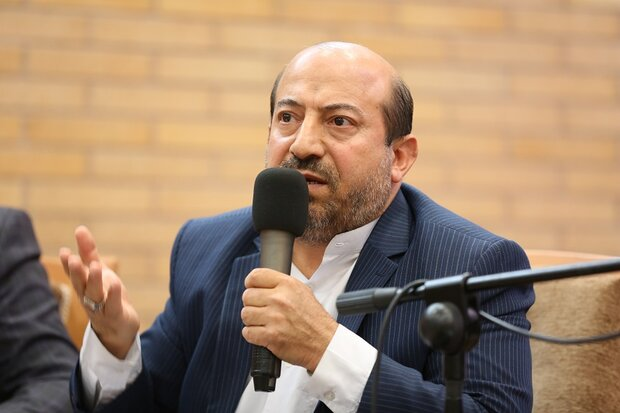 احساس مسئولیت ملت در دفاع از رهبری و انقلاب ستودنی است