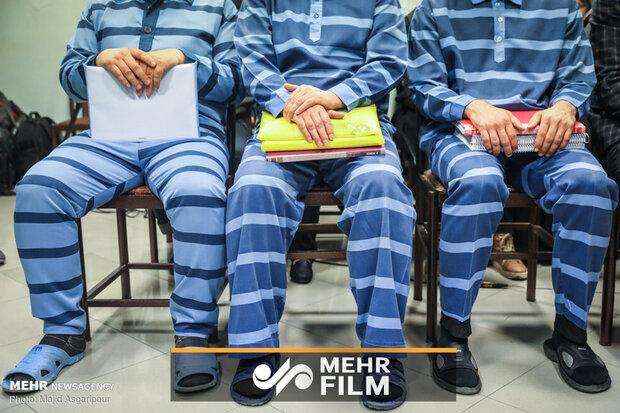متهمان پروندههای موسسات مالی پای میز محاکمه