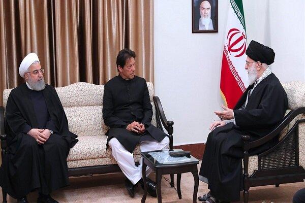 Pakistan Başbakanı, İslam Devrimi Lideri'yle görüştü