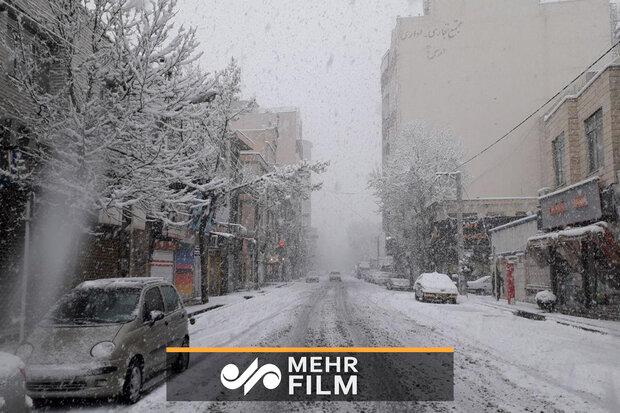 ثلوج الربيع تغطي ارومية بالابيض /فيلم
