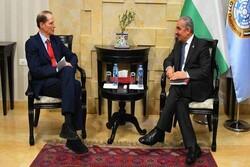 رایزنی «اشتیه» با سناتور آمریکایی در رام الله