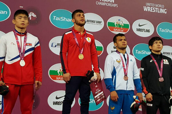 Iranian free wrestler wins gold medal in Asian c'ships in China's Xian