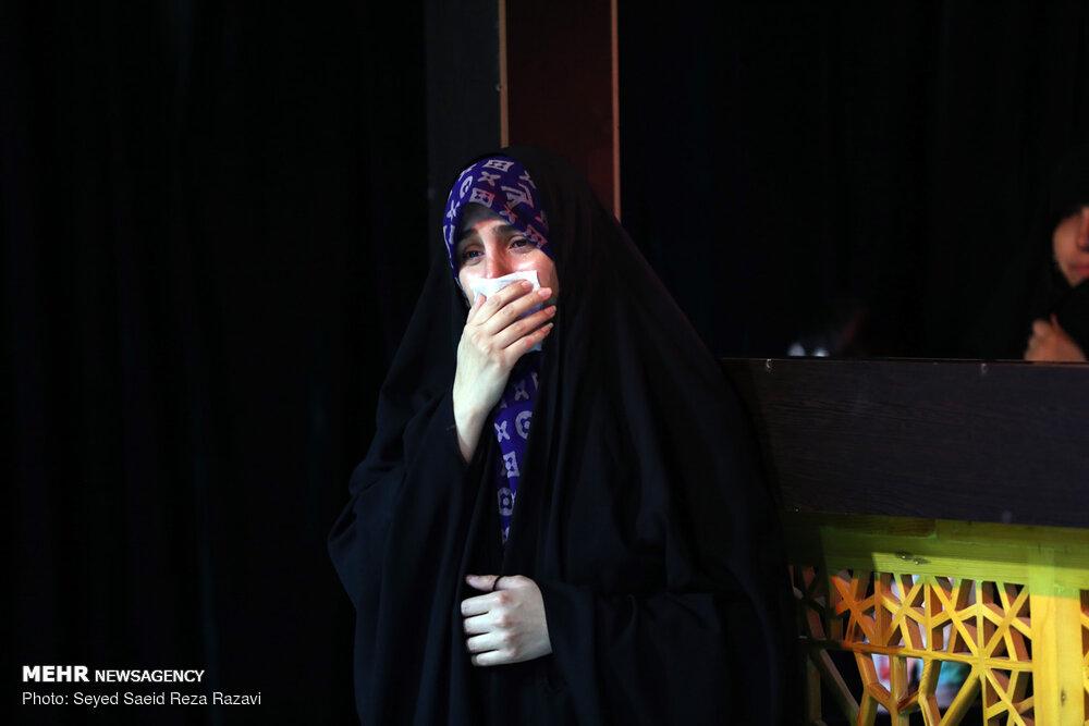 مراسم وداع با پیکر مطهر شهید مدافع حرم «رضا کریمی»