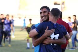 دیدار تیم های فوتبال کارون اروند خرمشهر و قشقایی شیراز