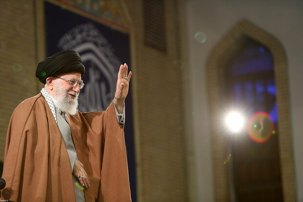 Laborers meet Ayatollah Khamenei ahead of Labor Day