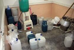 کارگاه تولید مشروبات الکلی در عجب شیر کشف شد