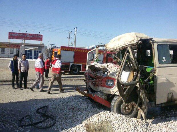 واژگونی مینی بوس در آذرشهر/ ۲۳ نفر مصدوم شدند