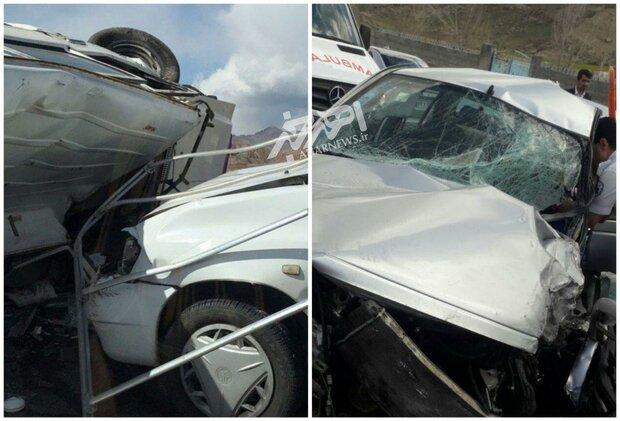 تصادف زنجیره ای ۴ دستگاه خودروی سواری در جاده اهر- تبریز