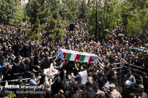 تشییع پیکر مطهر شهید مدافع حرم «مجید قربانخانی»