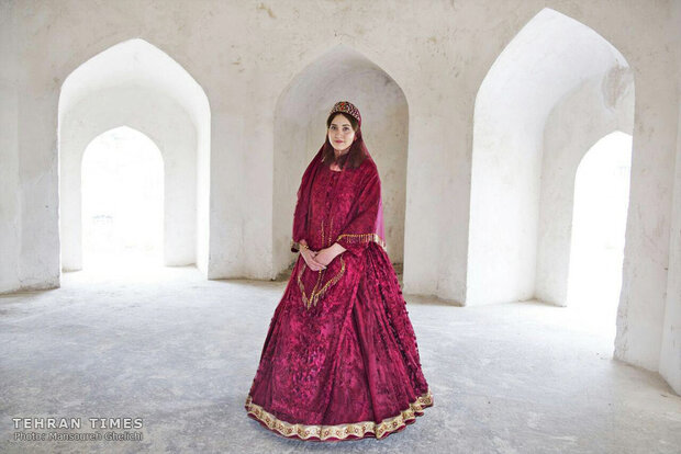 Female Iranians and nature-inspired clothing