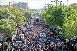 A massive funeral procession was held on April 26, in Tehran for a soldier, Majid Qorbankhani, martyred in January 2016 while fighting terrorists in Syria