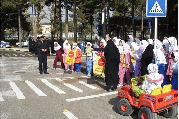 ایمن سازی نرم افزاری ۳۵ باب از مدارس حاشیه راهها در کرمانشاه