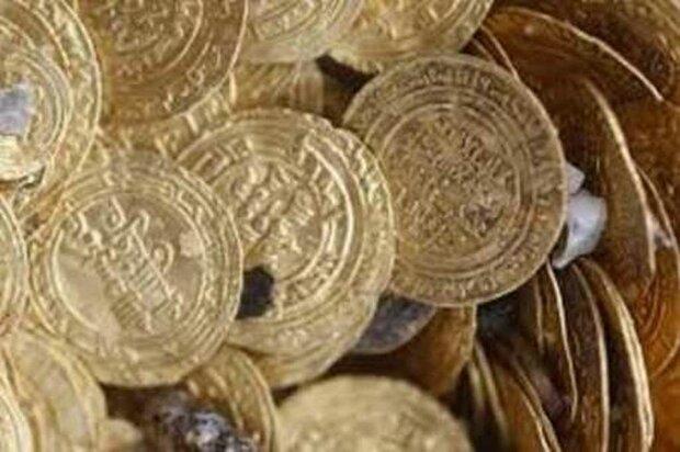 کشف ۴۷ قطعه پلاک طلای قبل از اسلام در استان زنجان