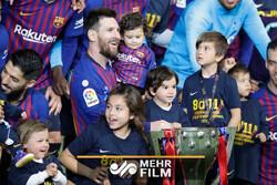 بارسا به دنبال شکستن رکورد درآمد در تاریخ فوتبال