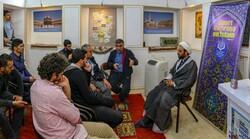 بازدید جوانان ترکیهای از مدرسه علمیه تاریخی ناصریه اصفهان