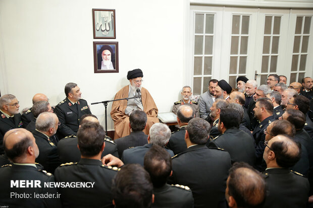 Leader's meeting with police commanders