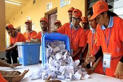 Endonezya seçimlerinde 270'ten fazla görevli yorgunluktan öldü