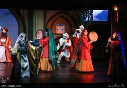 """""""Khayyam"""" opera puppet show"""