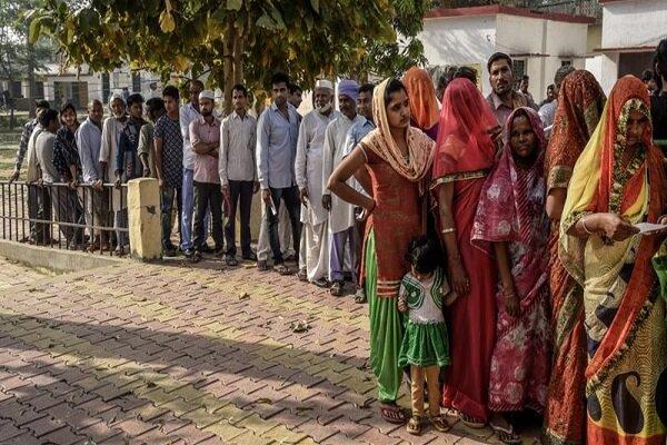 بھارت میں عام انتخابات کے پانچویں مرحلے میں پولنگ کا سلسلہ جاری