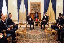 وزير الاتصالات الإيراني يعلن عن اتصال مباشر في شبكة الإنترنت بين إيران وتركيا