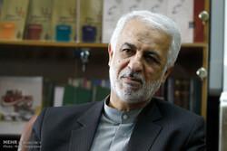 تحریم برای کشوری با ۱۵ همسایه معنا ندارد/ بشار اسد الگویی در جبهه مقاومت محسوب میشود