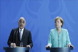 مرکل: خواهان گسترش روابط با بغداد هستیم