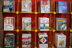 باید در خوزستان جمعه بازار کتاب راه اندازی شود