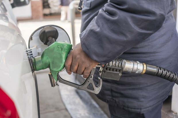 بنزین از پنجشنبه سهمیهبندی نمیشود
