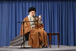دلنوشته نخبگان به رهبر معظم انقلاب/ برای سربلندی ایران اسلامی تلاش میکنیم