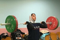Hosseini collects Iran's first-ever intl. medal in women's weightlifting