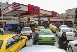 تاخیر ۶ ساله دولت در اصلاح قیمت بنزین/راهی که باید رفت