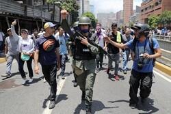 دخالت نظامی آمریکا بحران ونزوئلا را وخیمتر و طولانیتر میکند