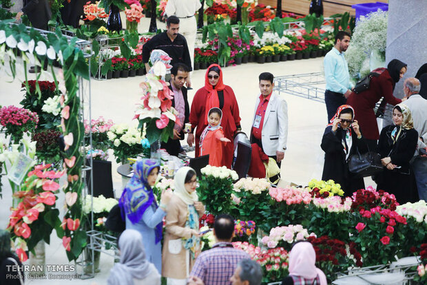 Intl. flower, plant exhibit underway in Tehran
